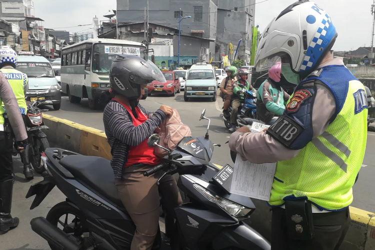 Razia polisi / operasi lalu lintas