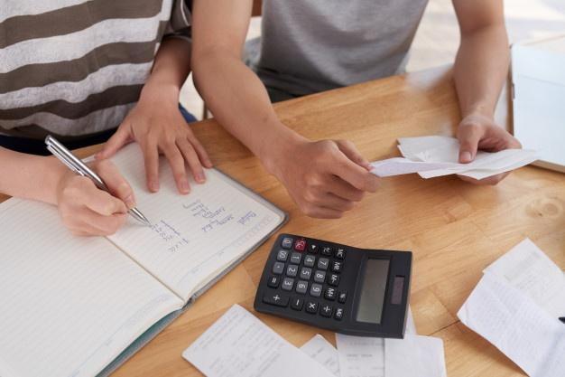 manajemen keuangan keluarga