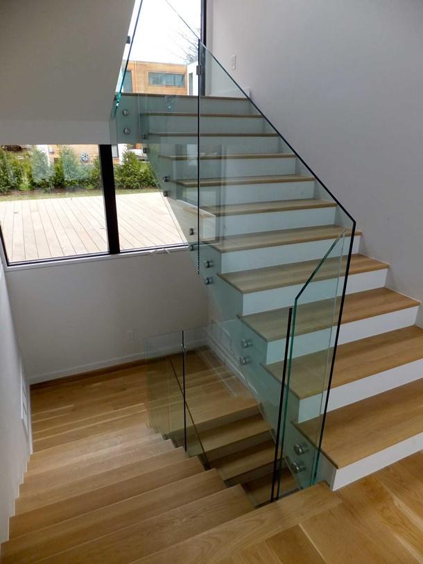 tangga railing kaca