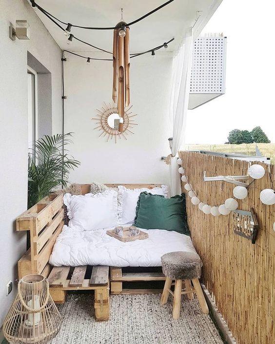 balkon minimalis kayu