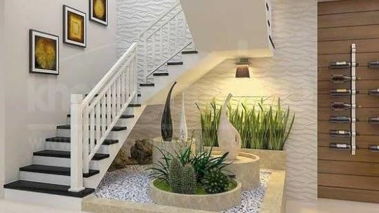 Taman kering bawah tangga